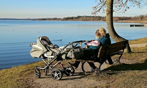 baby-carriage-233261_640