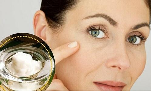 Limpia-tu-rostro-con-esto-todos-los-días-y-observa-como-disminuyen-las-manchas-y-arrugas